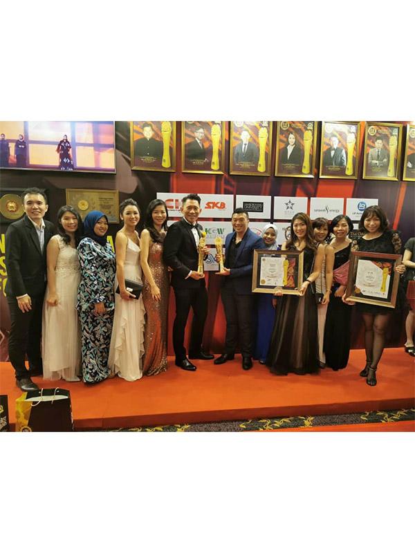 Dato' Roger Wong - The Brandlaureate Prominent Business Leadership Award Winner